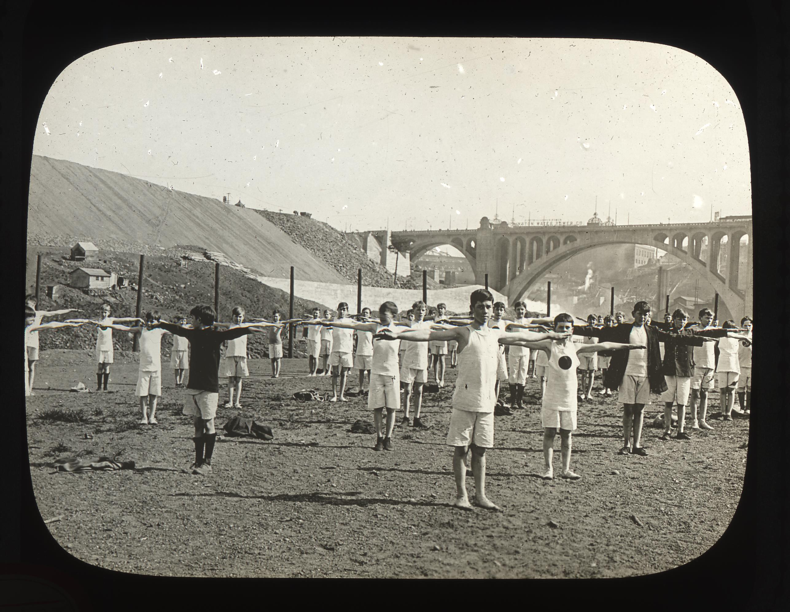 Title: Glover Field, Date: 1910-1920, Photographer: Unknown, City of Spokane, Lantern Slides, 1900-1930, Washington State Archives, Digital Archives, http://www.digitalarchives.wa.gov, Date accessed: 04/04/2014.